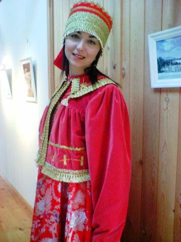 女性用 ロシア民族衣装一式B
